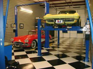 Revolution Garage 2